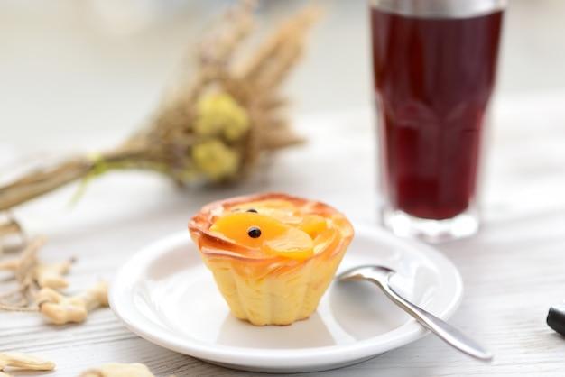 フルーツケーキ Premium写真