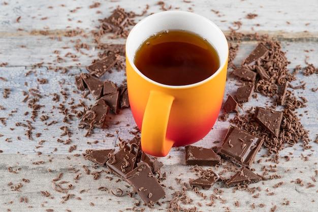 Чашка чая с шоколадом Бесплатные Фотографии