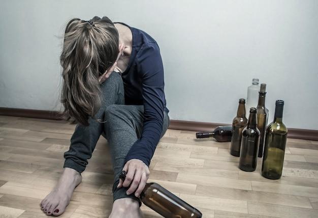 пьяные девушки после работы