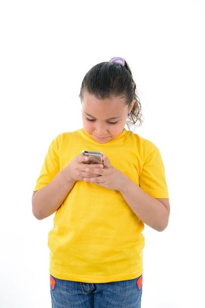 Девушка с мобильного телефона Premium Фотографии