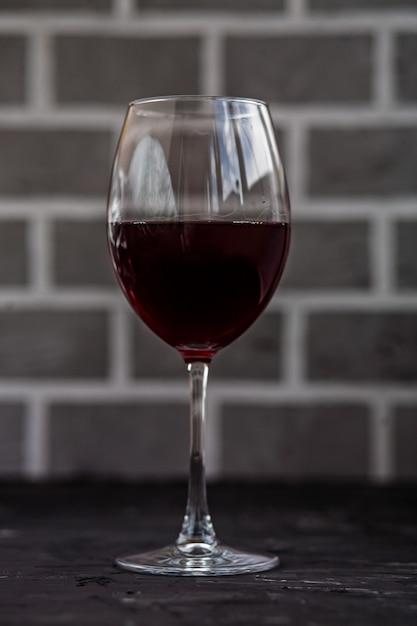 Стакан красного вина. концепция напитков и алкоголя. Premium Фотографии