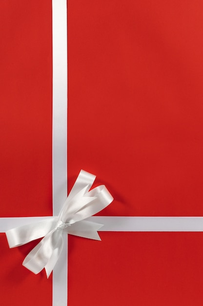 A Nice Christmas Gift With Bow Free Photo