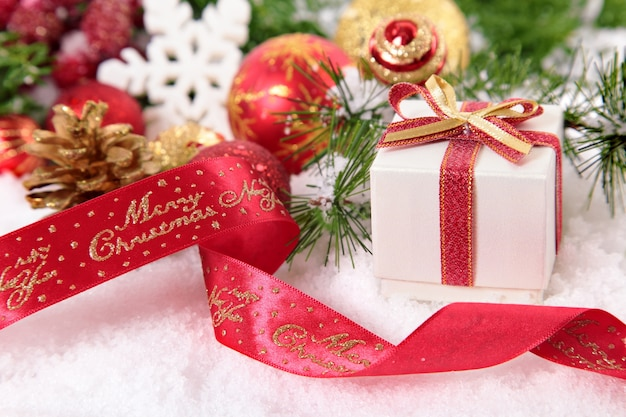 A small christmas gift with red ribbon photo free download