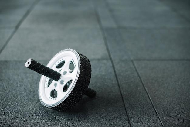 Ab wheel on floor Free Photo