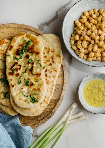 パキスタン料理の上のビューボウル 無料写真