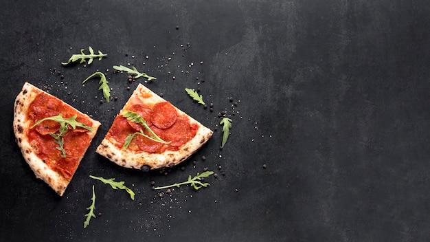 Выше вид итальянской еды кадр Бесплатные Фотографии