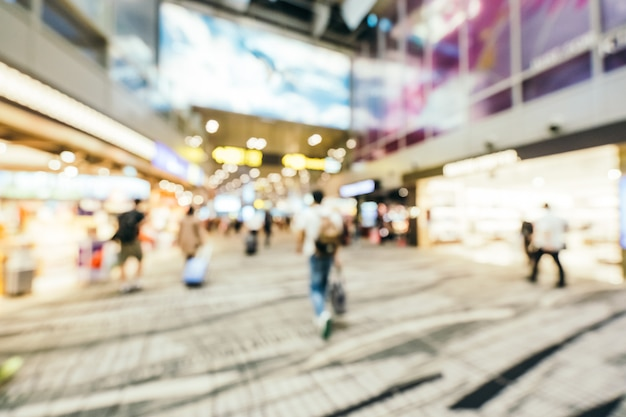 Abstract blur and defocused changi aiport terminal interior, blurred photo background Free Photo