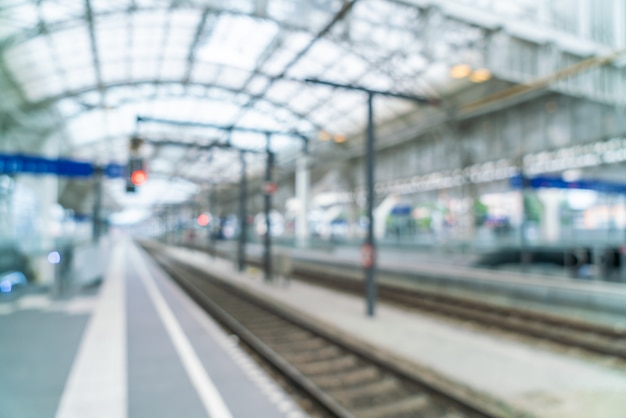 Abstract blur in train station Premium Photo