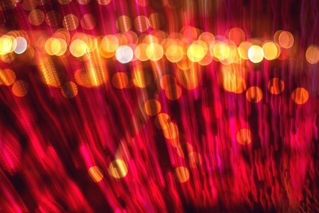 Абстрактное размытое движение скорости к свету, разноцветный светлый фон с расфокусированным светом боке, фон концепции празднования размытия вечеринки. Premium Фотографии
