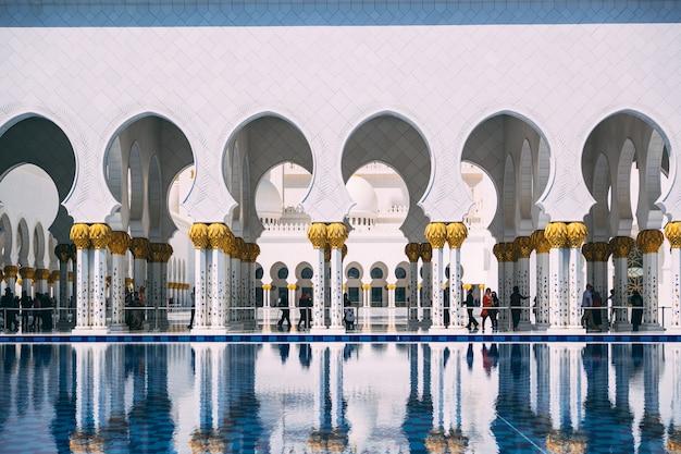 Abu dhabi grand mosque Premium Photo