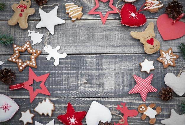 귀여운 크리스마스 장식품이 풍부 무료 사진