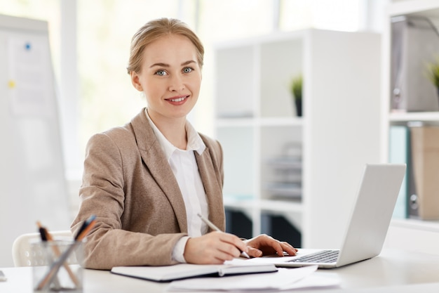 Accountant in office Free Photo