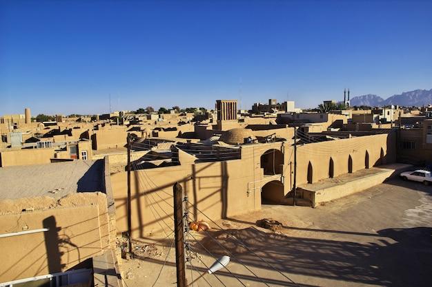 Acient city yazd in iran Premium Photo