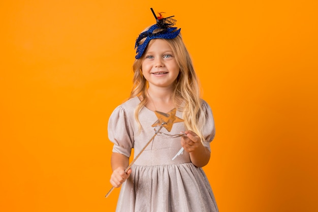 Adorable little girl in costume Free Photo