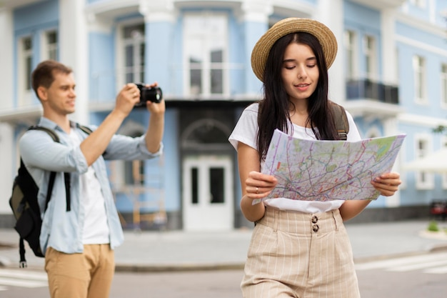 Adorable young couple travelling together Free Photo