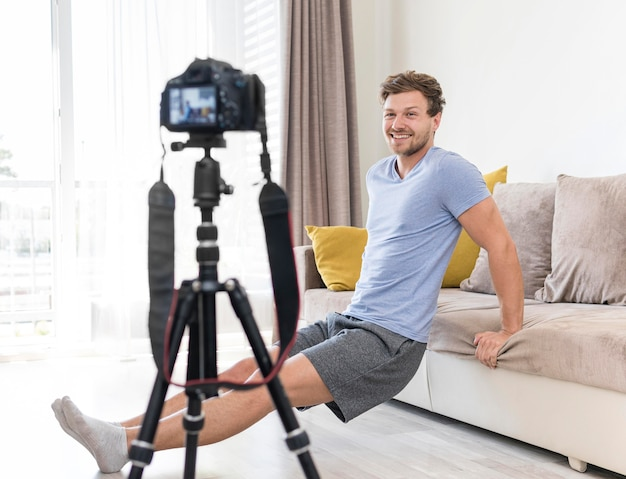 Adult male recording training at home Free Photo