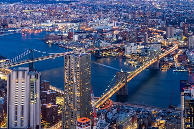 Aerial brooklyn and manhattan bridge new york Premium Photo