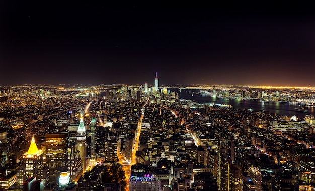 Aerial night view of manhattan Premium Photo