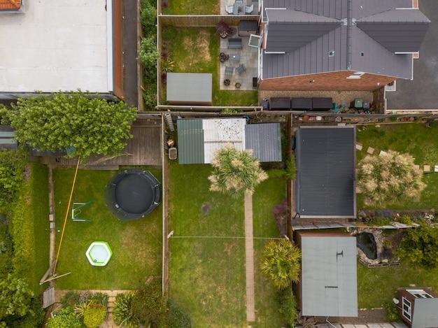 ウェイマス、ドーセット、英国の民家の空中ショット 無料写真