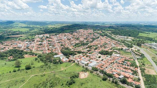 Aerial view of the arceburgo city, minas gerais / brazil. Premium Photo
