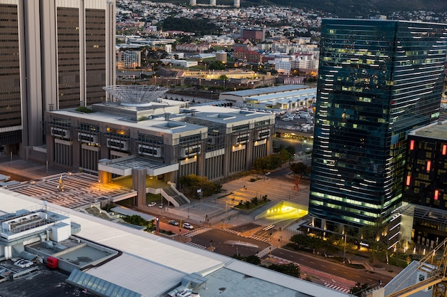 Vista aerea del quartiere degli affari di notte Foto Gratuite