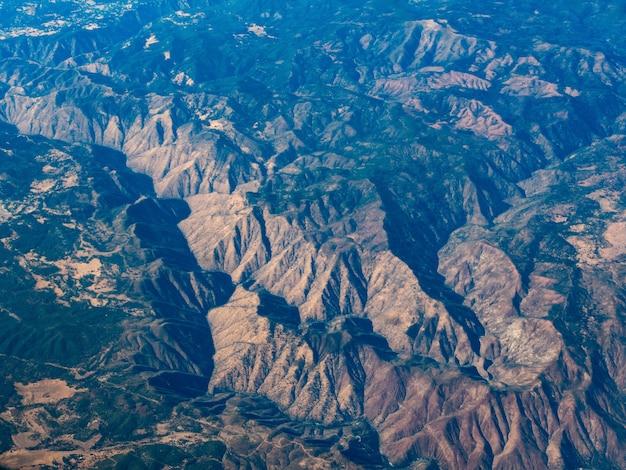 Aerial view of deer mountain near mammoth lakes, california Free Photo