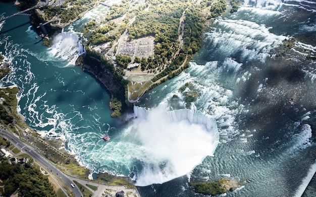 Aerial view of niagara waterfall canada and usa Premium Photo