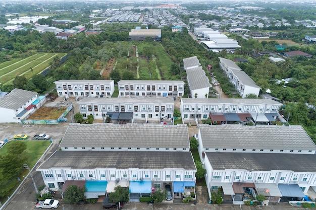 タイの住宅の航空写真 Premium写真