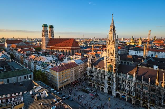 Аэрофотоснимок мюнхена, германия Premium Фотографии