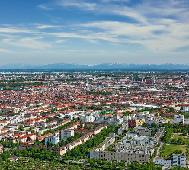 Аэрофотоснимок мюнхена. мюнхен, бавария, германия Premium Фотографии