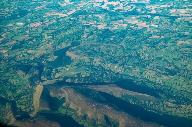 ウェールズのブラックマウンテンの航空写真 無料写真