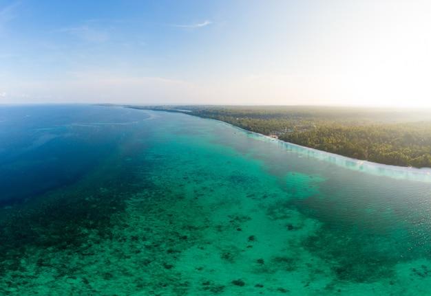 Aerial view tropical beach island reef caribbean sea Premium Photo