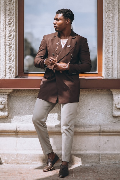 African american business man in suit Free Photo