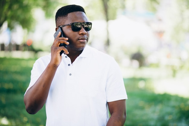 African american business man with phone Free Photo