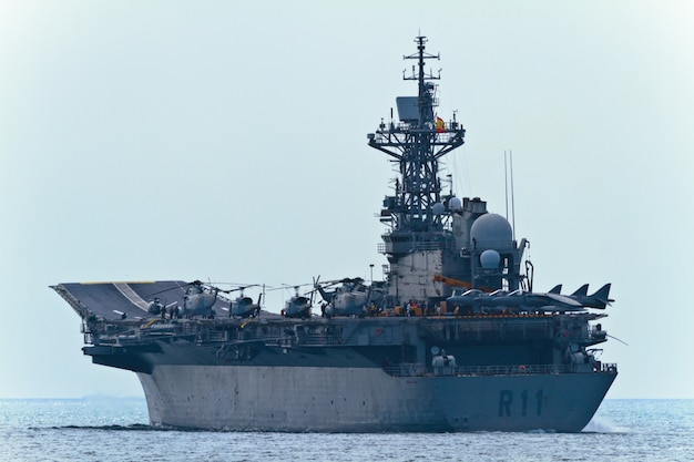 Aircraft carrier principe de asturias Premium Photo