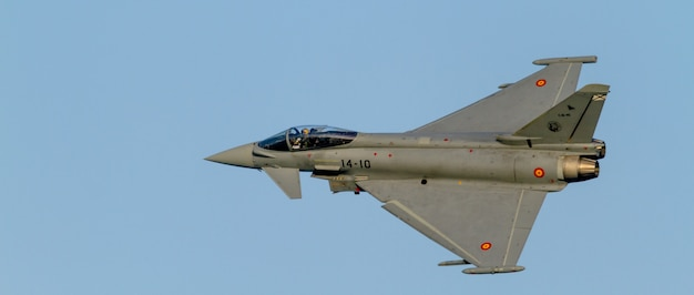 Aircraft eurofighter typhoon c-16 Premium Photo