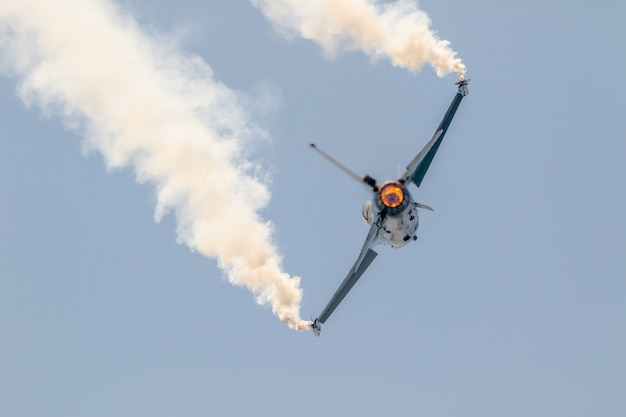 Aircraft f-16 belgian solo display Premium Photo