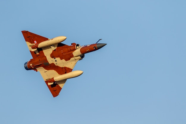Aircraft mirage 2000 of the couteau delta tactical display Premium Photo