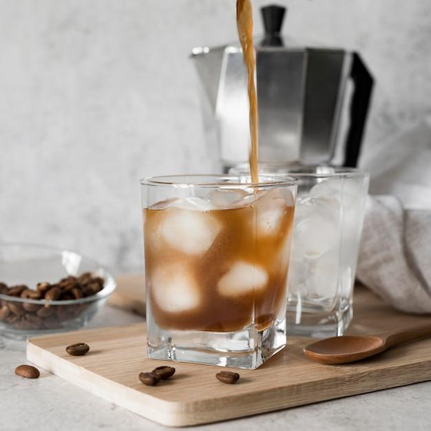 Алкогольный напиток с кофе Premium Фотографии
