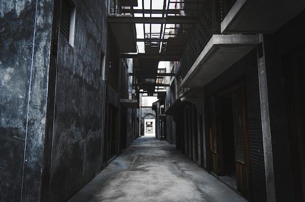 Alley way in bangkok city Free Photo