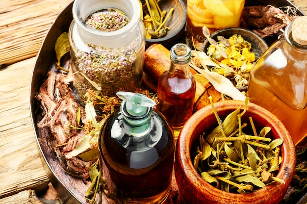 Alternative herbal medicine Premium Photo