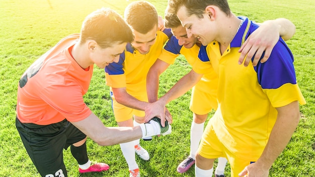 Amateur football and teamwork concept Free Photo