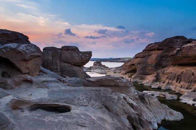 Amazing sam phan bok and grand canyon in ubon, thailand. Premium Photo