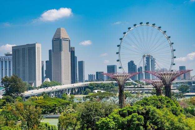 シンガポールのガーデンズ・バイ・ザ・ベイの素晴らしいショット 無料写真