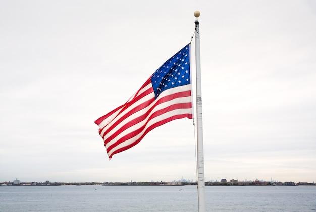 ブリージーポイントのアメリカの国旗 Premium写真