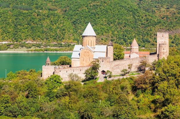 Ananuri, georgia Premium Photo