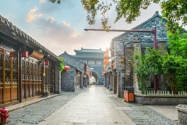 Ancient city, dongguan old street, yangzhou, china Premium Photo