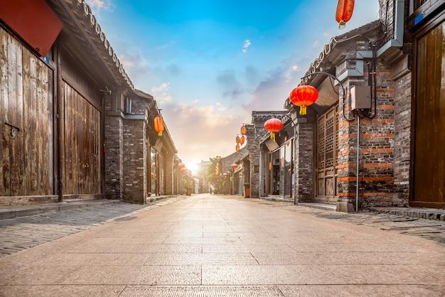 Ancient city, dongguan old street, yangzhou, china Premium Photo