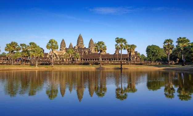 Ангкор ват, ангкор тхом, сием рип, камбоджа Premium Фотографии