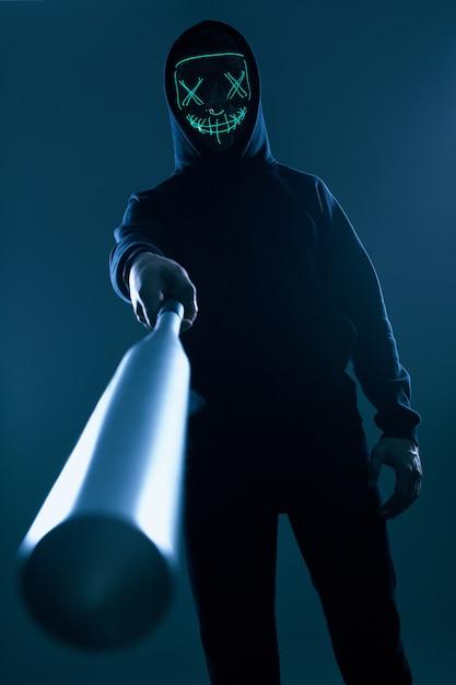 картинки люди в масках с битами удивишь криминальными